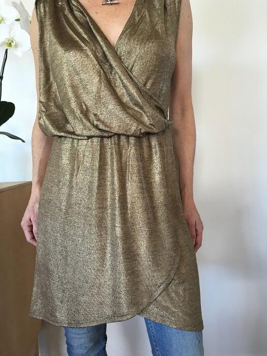 Shimmer gold top